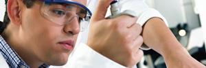 Directorio de laboratorios donde profesionales realizan análisis clínicos de muestras biológicas humanas.