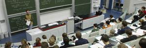 Altas casas de estudios y comunidades de profesores y académicos en funsión de la formación profesional.