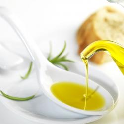 El aceite de oliva virgen ayuda a prevenir la fibrilación auricular.
