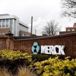 Merck vende su unidad de consumo masivo a Bayer
