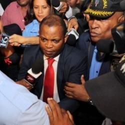 Dirigente político vendía medicamentos falsos al estado dominicano